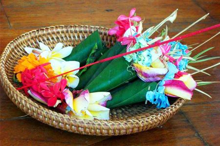 Mantra Kramaning Sembah / Panca Sembah
