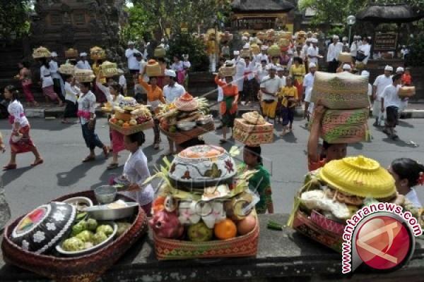 PHDI Bali: Galungan Momentum untuk Mengevaluasi Diri