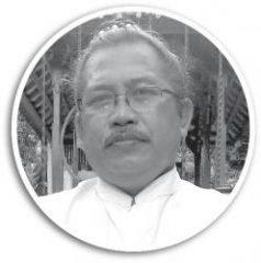 Makna Filosofi Purnama Kapat